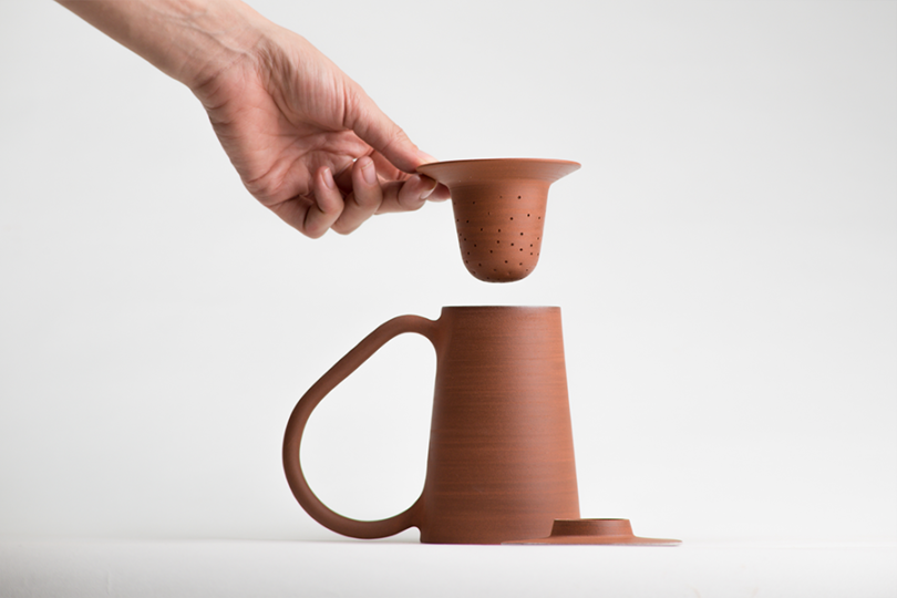 Léa  Nicolas's ceramics tea kit