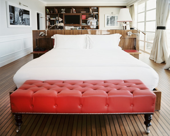 Bed with red bench