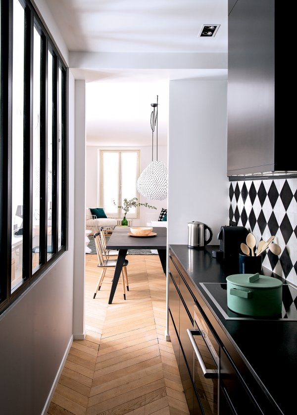 Glazed narrow kitchen